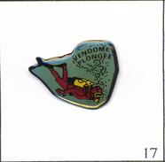 Pin's Sport - Plongée / Club De Vendôme (41). Non Estampillé. Epoxy. T546-17 - Diving