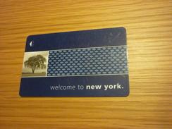 U.S.A. New York Hampton Inn Hotel Room Key Card (tree) - Cartes D'hotel