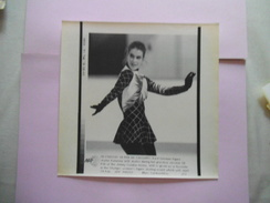 KATARINA WITT 18 FEB 88 CALGARY AFP PHOTO PAPIER 21,5 Cm/17cm - Skating (Figure)