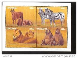 TANZANIA   1364  MINT NEVER HINGED MINI SHEET OF WILDLIFE & ANIMALS - Timbres