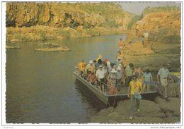 Australia - Northern Territory - Katherine Gorge : Changing Boats - Katherine