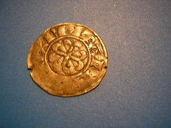 RFRA152 Monnaies FRANCE Bretagne Denier Anonyme RARE - 470-751 Monnaies Mérovingiennes