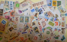 Gros Lot De 1 KILO De Timbres Sur Fragment TOUS PAYS - Lots & Kiloware (mixtures) - Min. 1000 Stamps