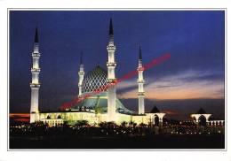 Sultan Sallahuddin Mosque Of Selangor Darulehsan - Malaysia - Malaysia