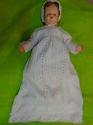 Robe De Bapteme Ancienne +  Poupee Avec Ses Vetements+ Chaussures+bonnet - Baptism