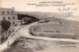 Cpa 22  SAINT BRIEUC  Saint Laurent  Un Coin Du Village Conduisant A La Greve  Pointe Du Roselier - Saint-Brieuc