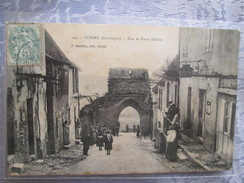 Domme ; Rue Et Porte Delbos - France