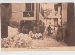 DA PIEVE TESINO D'INVERNO LO SGOMBERO DELLA NEVE CON SLITTE PERSONAGGI ANNO 1919 - Trento