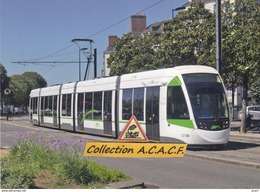Tramway Urbos CAF (ligne 1), à Nantes (44)  - - Tramways