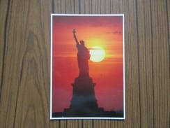 USA    Etats- Unis                      New York     Statue De La Liberté - Statue De La Liberté
