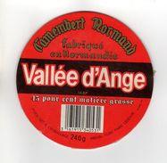 ETIQUETTE FROMAGE CAMEMBERT VALLEE D'ANGE FABRIQUE EN NORMANDIE - Cheese