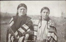 Native Indian Women In Handmade Blankets Publ In Sheridan WY Postcard Jrf - Indiaans (Noord-Amerikaans)