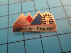 Pin313c Pin's Pins : Rare Et Belle Qualité : AUTOMOBILE / RALLYE DES PHARAONS PYRAMIDES EGYPTE - Rallye