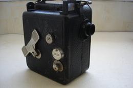 ANCIENNE CAMERA CINE NIZO 9,5 Mm MOD.F ALLEMAGNE 1930 FONCTIONNE - Macchine Fotografiche