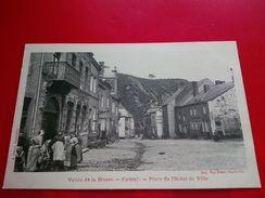 FUMAY PLACE DE L HOTEL DE VILLE - Fumay