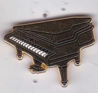Pin's  PIANO BNP  SIGNE ARTHUS BERTRAND - Arthus Bertrand