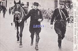 """CPA  MILITAIRE   """"  PRÊTRE BELGE SUR LE FRONT """"  N° 306 1915 - Characters"""