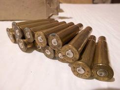 Boite Vide Avec 15 Douilles Percutés Winchester Super Speed Power Point 30 / 30 USA. - Armes Neutralisées