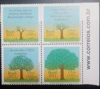 L) 2011 BRAZIL, BRAZILIAN TREES, NATURAL TREASURES, NATURE, FLOWERS, PLANTS, BLOCK OF 4, MNH - Brasil