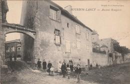 BOURBON-LANCY  Anciens Remparts - France