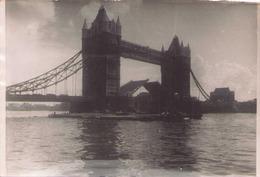 Photo 13 X 9 Cm Londres Tower Bridge 1953 - Lieux