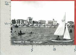 CARTOLINA VG ITALIA - MAREBELLO DI RIMINI - La Spiaggia - 10 X 15 - ANN. 1960 - Rimini