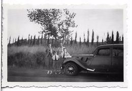 PHOTO - Voiture Et Famille -  Ft 6,5 X 4,5  Cm - Automobiles