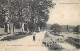 LA VARENNE CHENNEVIERES -  Bords De Marne, Le Quai Saint Hilaire, Berger Et Ses Moutons. - Otros Municipios