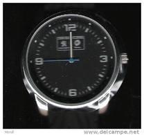 TRES RARE !    Montre Peugeot -Total   (avec étui) - Advertisement Watches