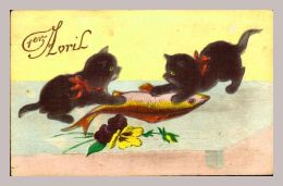 CPA Fantaisie - 1er Avril - Deux Chats Pour Un Seul Poisson - Katzen