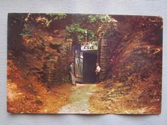Entrance To The Mark Twain Cave At Hannibal. Dexter 43127 - Etats-Unis