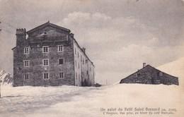 UN SALUT DU PETIT SAINT BERNARD L'HOSPICE (dil326) - Non Classificati