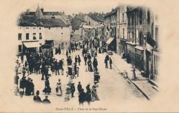 G118 - 21 - IS-SUR-TILLE - Côte-d'Or - Place De La République - Is Sur Tille