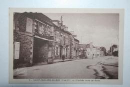 35 : Saint Ouen Des Alleux - L'Arrivée Route De Baillé - France