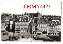 CPSM Dentelées - Vue Générale Aérienne De L'Hôtel De Ville En 1945 - VANNES 56 Morbihan - Edit. A. DELANOUE  Recto-Verso - Vannes