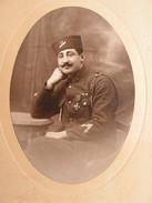 Ancienne Grande Photo Photographie Militaire Turc ? Soldat,uniforme,medaille Turkish Soldier Photo Francis Paris N° 2 - Guerre, Militaire