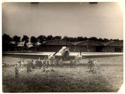 """PHOTO AVIATION 18 X 24 ANDRE - COUZINET 10 """"Arc-en-Ciel"""" Devant Les Hangars à Orly - Aviation"""
