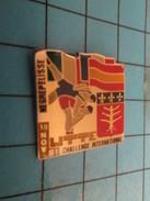 Pin1116b Pin's Pins / Beau Et Rare /  SPORTS / LUTTE CHALLENGE INTERNATIONAL DE NEGREPELISSE 1991 - Wrestling