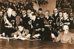 WW2 -  Hitler, Le Comte Ciano Et Von Ribbentrop Signent Le Pacte D'acier Le 22.05.1939 - 1939-45