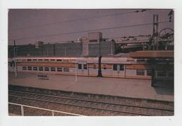 78 - SAINT QUENTIN EN YVELINES / VILLE NOUVELLE - LA GARE ET LE TRAIN URBAIN EXPRESS - St. Quentin En Yvelines
