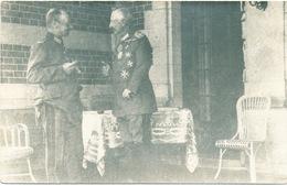 680/25 - Carte PHOTO Guerre 14/18 - Manuscrit : Le Kaiser Et Le Roi De Saxe à La Gare De SPA - WW I