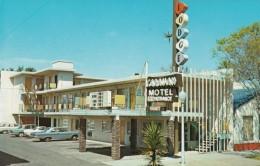 Sacramento California, Caravan Motel, Sign, Autos, Lodging C1960s Vintage Postcard - United States