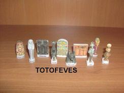 SERIE COMPLETE PHARAONS DE 10 FEVES N°188 - Charms