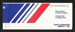 France  Airline Transport Ticket Used  Passenger Ticket 4 Scan - Transportation Tickets