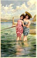 [DC11111] CPA - DONNE CHE PESCANO AL MARE - Viaggiata - Old Postcard - Cartoline