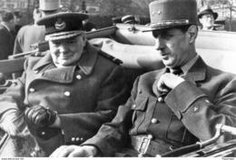 Militaria WW2 - Le Général De Gaulle Et Sir Winston Churchill En Voiture - 1939-45