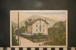 CP, 73, BOURG SAINT MAURICE, Hostellerie Du Petit St Bernard, La Route 90 Et Sentier Conduisant à La Foret - Bourg Saint Maurice