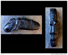 Amulette Pénis De Puissance Thaï En Bois Femme Scuptée/ New Tai Power Penis Wooden Amulet With A Woman On The Top - Art Asiatique