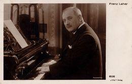 COMPOSITEUR / COMPOSER : FRANZ LEHAR Au PIANO - CARTE VRAIE PHOTO / REAL PHOTO POSTCARD ~ 1925 - '30 > RARE !!! (w-969) - Música Y Músicos