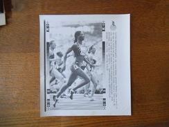 ATLANTA 28/7/96 JAMAICA'S MERLENE OTTEY IN ACTION 100m AFP PHOTO PAPIER 18cm/12cm - Athlétisme